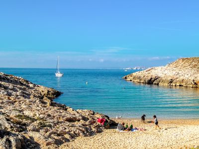 Photo for Quiet House with Garden among BEACHES & CALANQUES