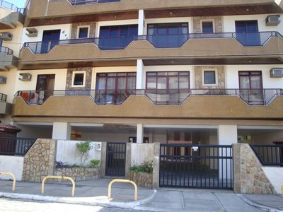Photo for Apt with 2 bedrooms w / ar1 suite, 1 parking space, balcony and barbecue is 50M Prainha