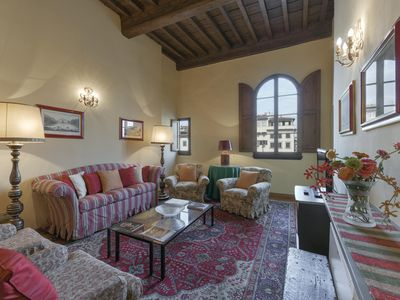 Photo for Spacious Giotto Suite  apartment in Santa Croce with WiFi, integrated air conditioning & lift.