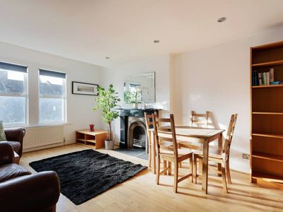 Photo for Bright 3 Bed Family Flat in Brixton w/Roof Terrace