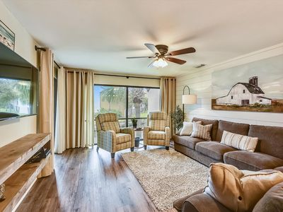Photo for Edgewater Villas #2108 - 2 Bedroom/2Bath Sleeps 8.  UPDATED!  Free Fun!