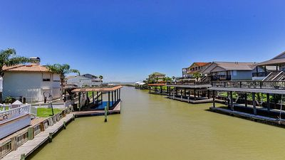 Photo for Waterfront Custom Home Near Kemah & Galveston w/ Private Dock, Boathouse, & Lift