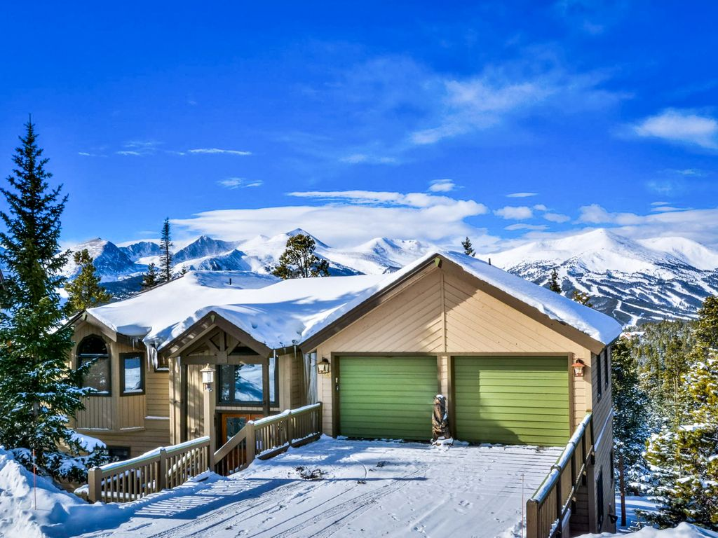 Luxury alpine escape w/private hot tub, fir... - VRBO