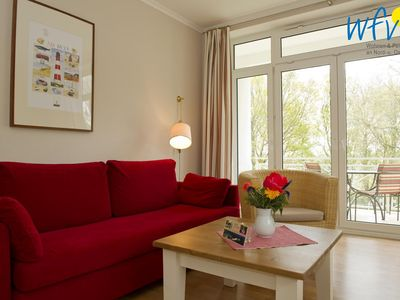 Photo for Cozy apartment with large south-facing balcony!