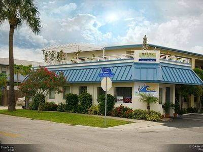 Newly Renovated Blue Wave Motel and Suites