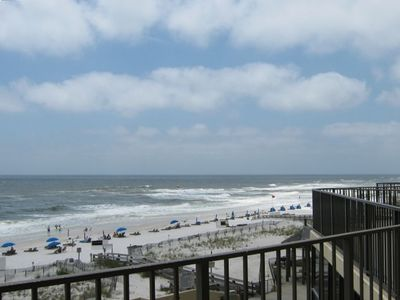 Beautiful Gulf view from the balcony; enjoy the sun, listen to the surf, doze...
