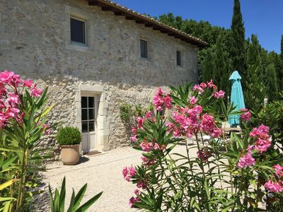 Photo for Charming house in the heart of the vineyards