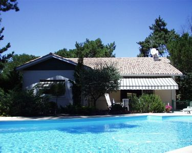Photo for Beautiful villa near the beach with garden and pool facing south