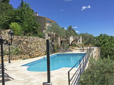 Photo for Beautiful Provencal villa with guest house and private pool, panoramic view