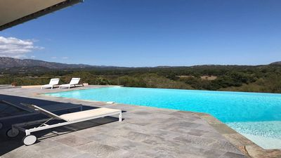 Photo for Villa T4 - Stunning Views - Pool - Porto-Vecchio