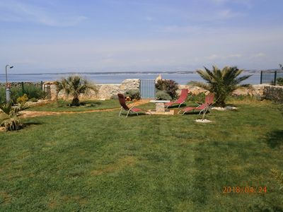 Photo for Relaxing oasis directly by the sea