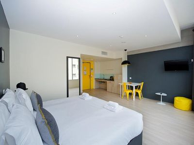 Photo for 1BR Apartment Vacation Rental in Lyon, Auvergne