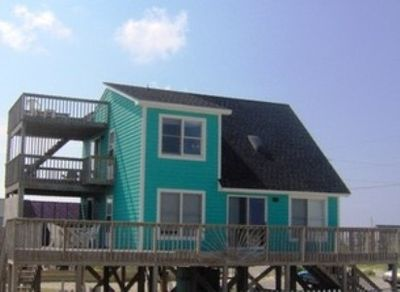 Three levels of decks with excellent views of Ocean, Sound & Sunsets
