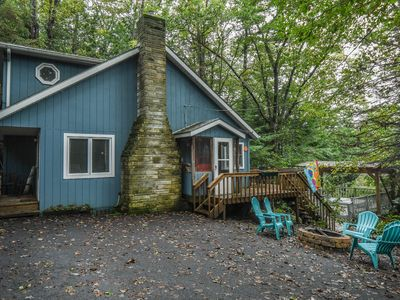 Photo for Charming Dog Friendly DCL Cottage with Outdoor Hot Tub!