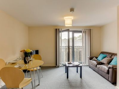 Photo for 1BR apartment in a beautiful building, walking distance from the Curve Theatre!