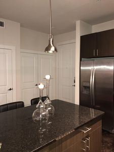 Photo for Contemporary Downtown | 2BR | Free parking | Free Wifi
