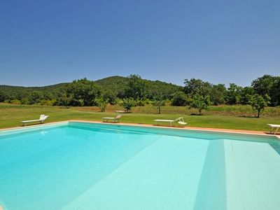 Photo for Marsiliana Apartment, Sleeps 6 with Pool
