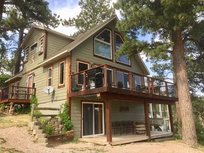 Summit Lodge- Relaxation with Spectacular Views of the Hills- 3 mi. to Deadwood~