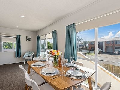 Photo for Beachbreak - Mt Maunganui Holiday Home