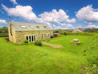 Photo for Stunning detatched stone barn, close to the coast