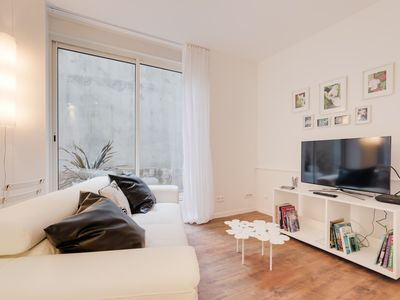 Photo for Lovely flat next to The Tête d'Or Park