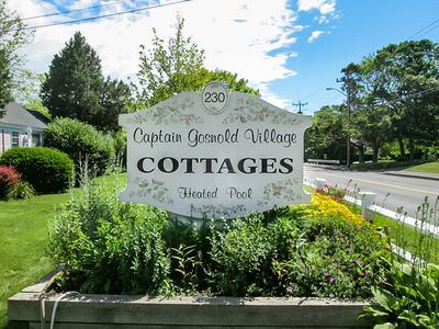 Photo for Spacious Cottage. Minutes to Main Street Hyannis. Walk to Beach!