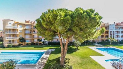 Photo for Empuriabrava Costa Brava Apartment Town Center - 6 people - 50m to the beach