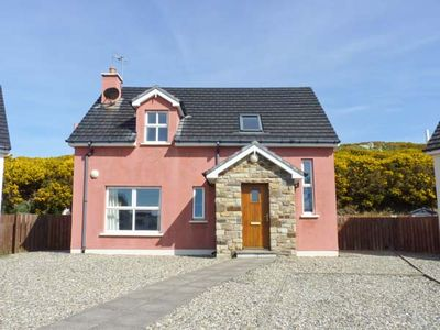 Photo for 4BR Cottage Vacation Rental in Portnoo
