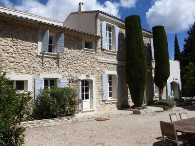 Photo for Bastide 18th character renovated, 380 m2, large 12x6 swimming pool, very quiet