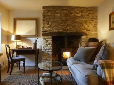 Photo for The Cotswold Snug - Perfect romantic cottage!