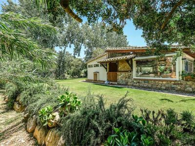 Photo for Country house with pool, huge garden, wild and well maintained, 350m from the sea.