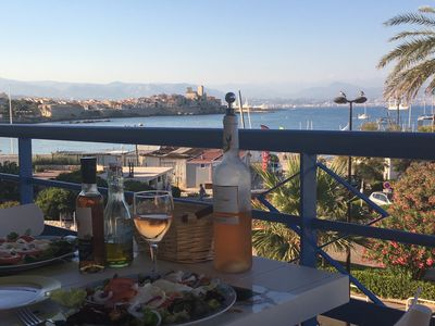 Photo for New ! Appartment 4P, centre Antibes, beautiful seaview, at the beach