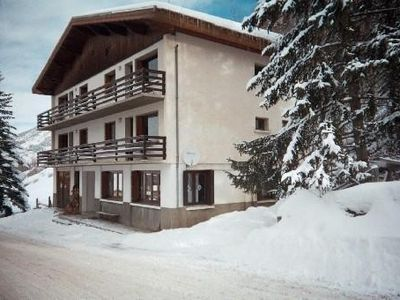 Photo for Mountain style apartment 50 m from the slopes and hiking trails