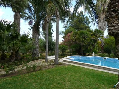 Photo for Villa with garden and swimming pool