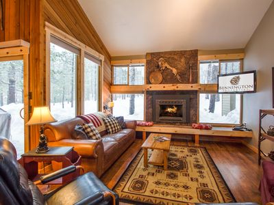 Photo for 3 Bdrm Mountain Cabin, A/C, Short Walk to Village, Hot Tub & Deck - LEIS05