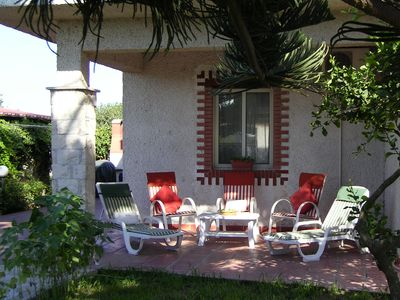 Photo for Beautiful apartment with garden only 30 mt from the beach