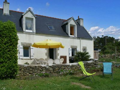 Photo for Charming detached house with large garden and a small view on the sea.
