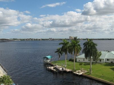Photo for Harbor South Condo - Fifth Floor Unit Overlooking the River