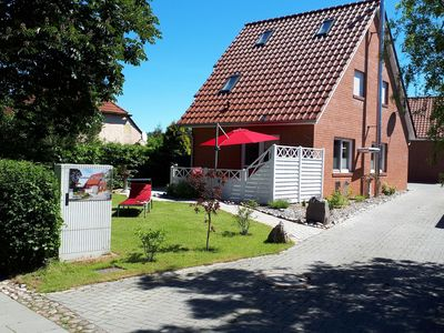 Photo for Modern Holiday Home in Wiek with Garden