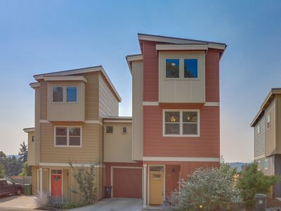 Photo for Modern townhome with deck, views of Mt. Hood - walk downtown!