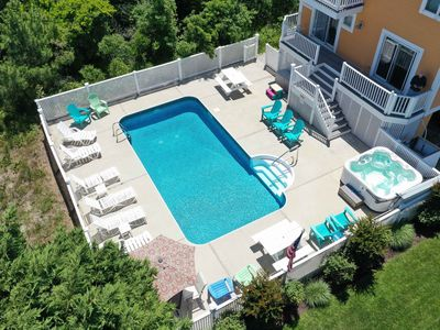 Photo for Private Pool, Hot tub,  6 Bedrooms 5.5 Baths 500 Ft to the Beach