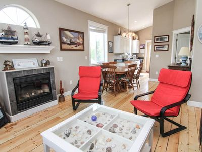 Photo for Beautiful Lincoln City Cottage with Foosball, Ping Pong, Air Hockey
