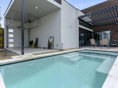 Photo for Modern Downtown Oasis with pool & large hot tub