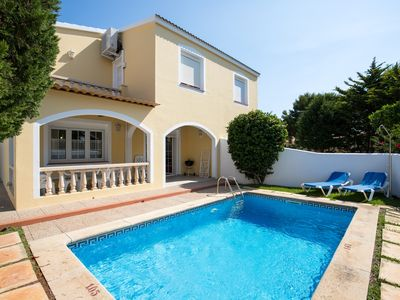 Photo for 3 bedroom villa with private swimming pool close to the beach