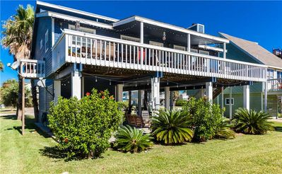 Island Breeze | Beachside home in Pirates Beach