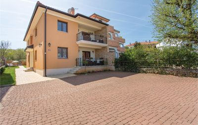 Photo for 1 bedroom accommodation in Vantacici