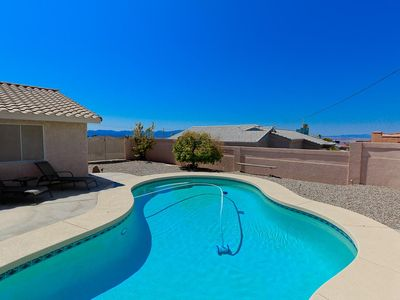 Photo for Charming and Roomy 3 Bedroom Pool home