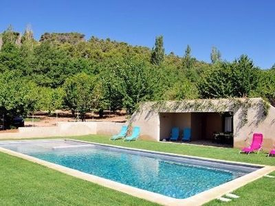 Photo for Villa Cucuron, on the heights of Luberon