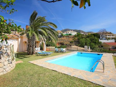 Photo for This 3-bedroom villa for up to 6 guests is located in Fuengirola and has a private swimming pool....