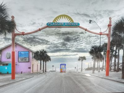 New Smyrna Beach Downtown Flagler Ave Over Looking The Strip Amazing Location